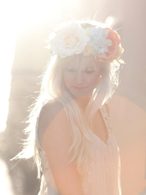 DIY : Une couronne de fleurs pour la Mariée