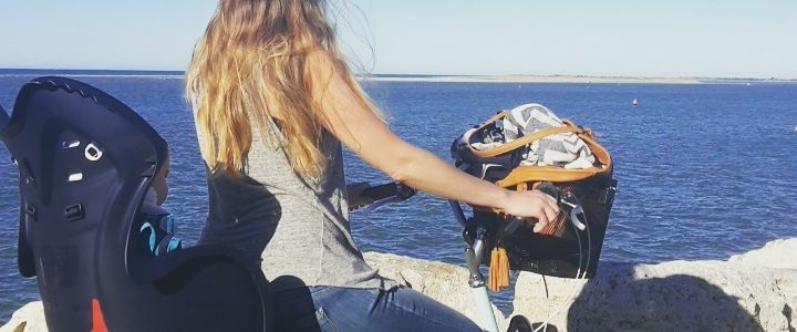 Les vacances au bord de la mer avec bébé : comment ça se passe en réalité.