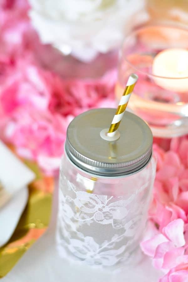 paille carton rayée doré hortensias roses-min