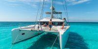5 idées destinations pour un voyage de noces en bateau
